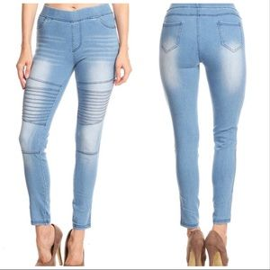 Pants - 5⭐️LIGHT BLUE DENIM MOTO ELASTIC - Legging